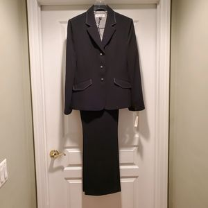 Dressbarn Black Pantsuit (Studio Tahari),  Size 16